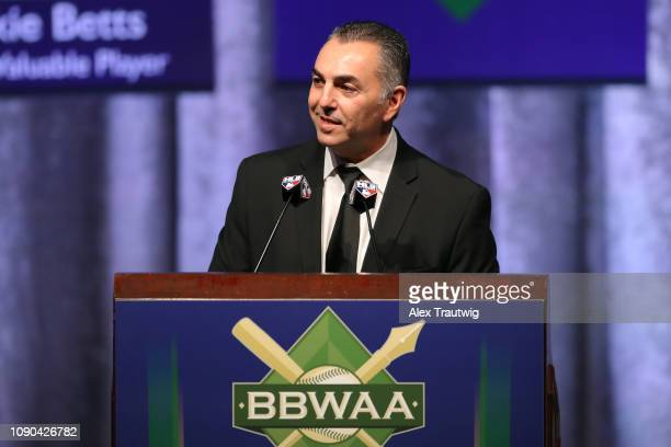 John Franco introduces David Wright of the New York Mets winner of the Joe DiMaggio Toast of the Town award during the 2019 Baseball Writers'...