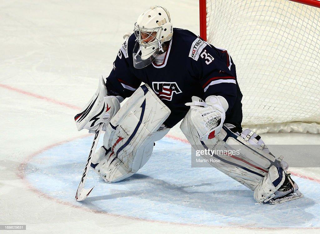 USA v Germany - 2013 IIHF Ice Hockey World Championship : News Photo