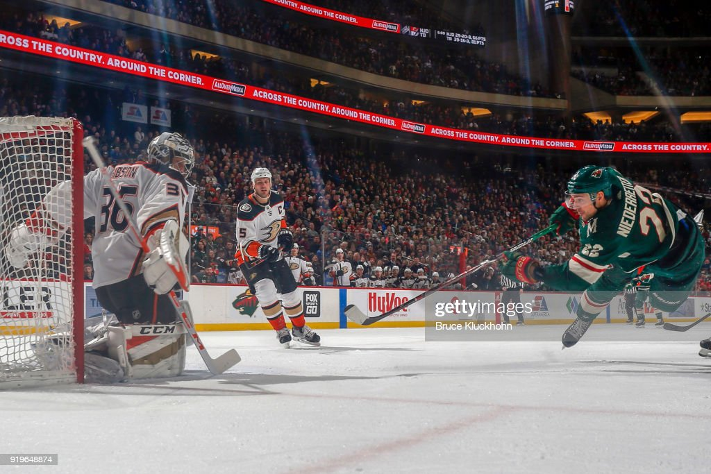 John Gibson #36 of the Anaheim Ducks makes a save against Nino Niederreiter #22 of the Minnesota Wild during the game at the Xcel Energy Center on February 17, 2018 in St. Paul, Minnesota.
