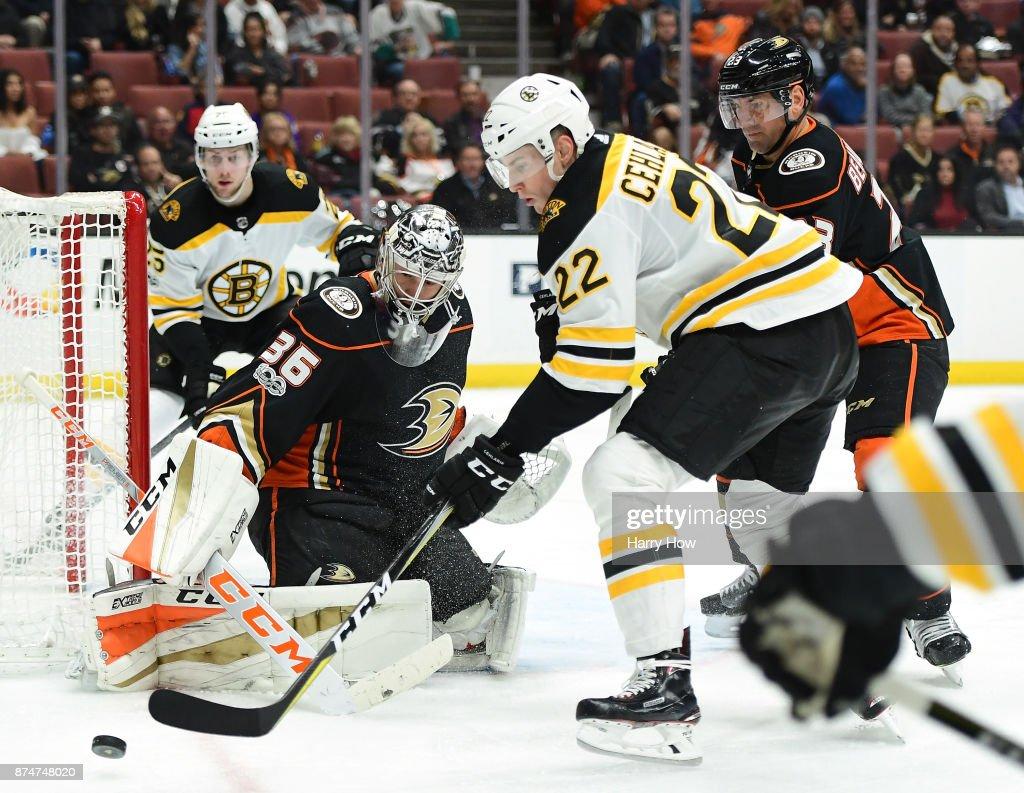 Boston Bruins v Anaheim Ducks : News Photo