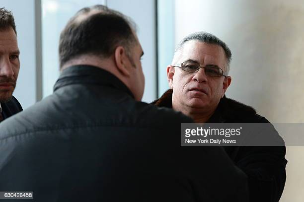 John Gotti Jr., center, attends the bail hearing of John Gotti, for drug dealing charges in Queens Supreme Court on Thursday, December 22, 2016....