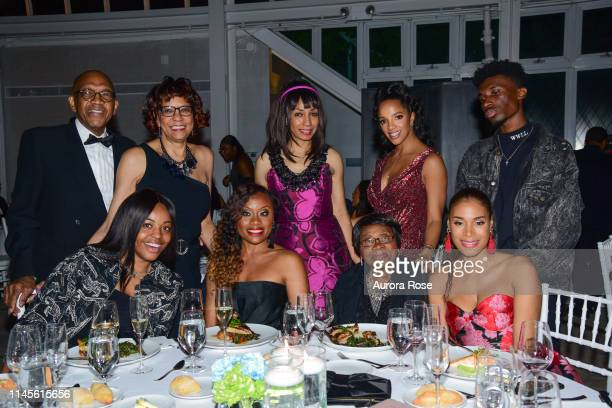 John Griffin Jean Griffin Midwin Charles Dawne Marie Grannum and Aisha McShaw attend the NOAH NY 10th Anniversary Gala at Brooklyn Botanic Gardens on...