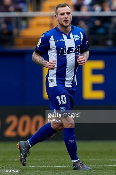 John Guidetti of Deportivo Alaves runs during the La Liga match between Villarreal CF and Deportivo Alaves at Estadio de la Ceramica on February 10...