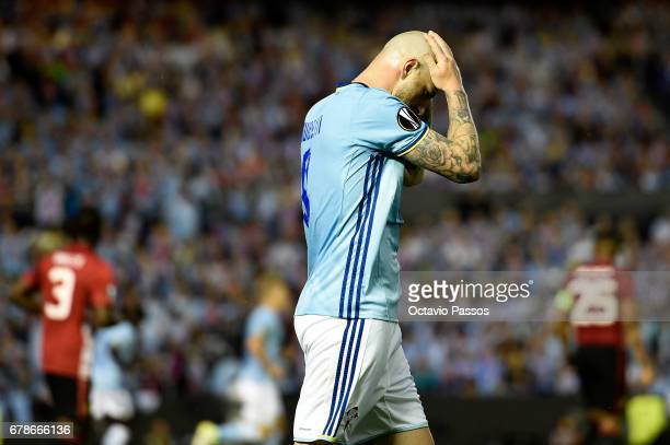 John Guidetti of RC Celta reacts after missing a goal opportunity during the UEFA Europa League semi final first leg match between Celta Vigo and...
