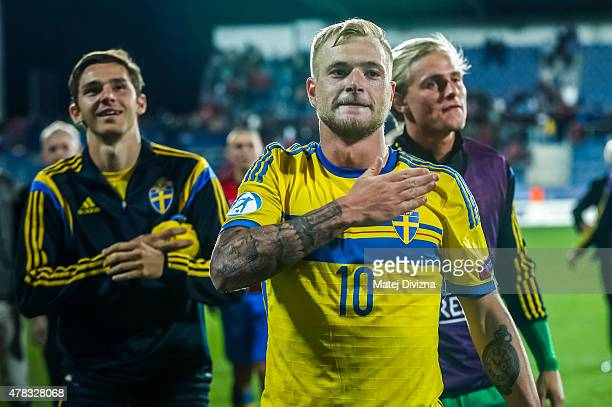 John Guidetti of Sweden celebrates with his teammates after UEFA U21 European Championship Group B match between Portugal and Sweden at Mestsky...
