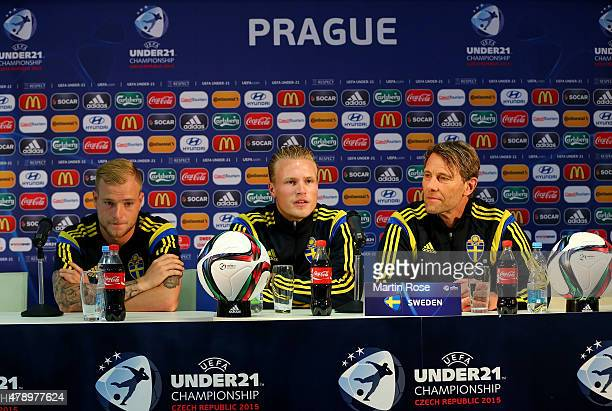 John Guidetti Oscar Hiljemark and head coach Hakan Ericson of Sweden attend a UEFA press conference ahead of the UEFA European Under21 final match...