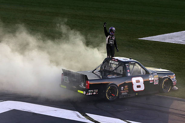 Nascar Camping World Truck Series Great Clips 200 Photos And Images