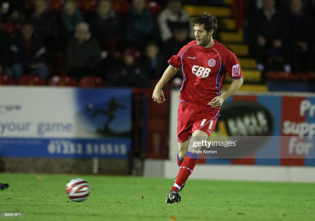 Aldershot Town v Northampton Town : News Photo