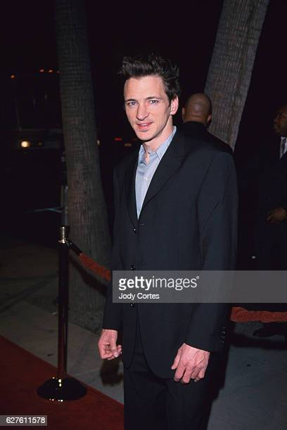 John Hawkes from the film A Perfect Storm arrives at the Crouching Tiger Hidden Dragon premiere