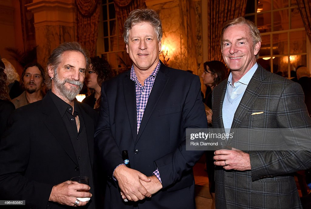 John Huie of CAA (center) and guests attend the NATD Honors Gala on November 9, 2015 in Nashville, Tennessee.
