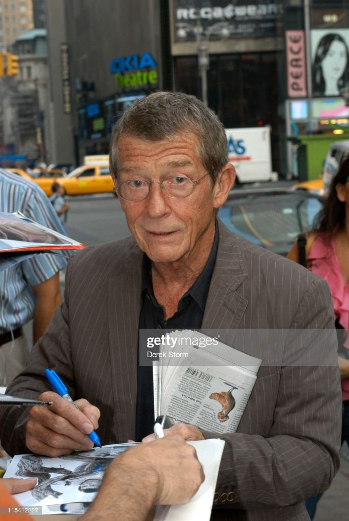 "John Hurt and Gena Rowlands Visit ""Good Morning America"" - August 11, 2005"