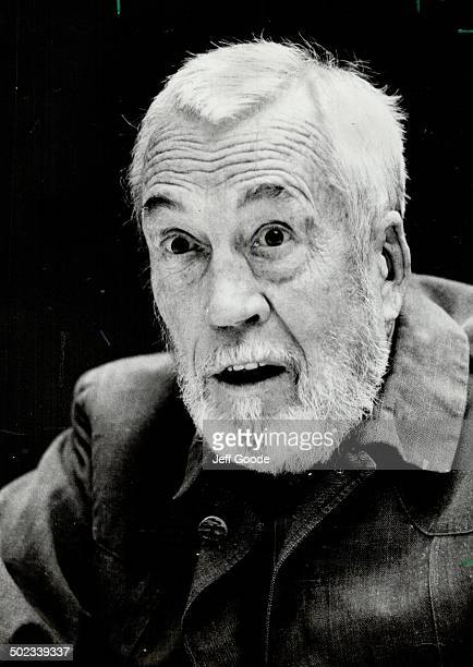John Huston Tradition dies hard and with this movie director the old rough and tumble days of living in Hollywood make today's atmosphere seem...