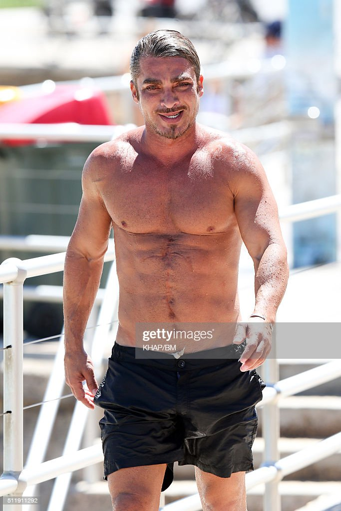 [Image: john-ibrahim-is-seen-at-bondi-beach-on-f...d511911292]