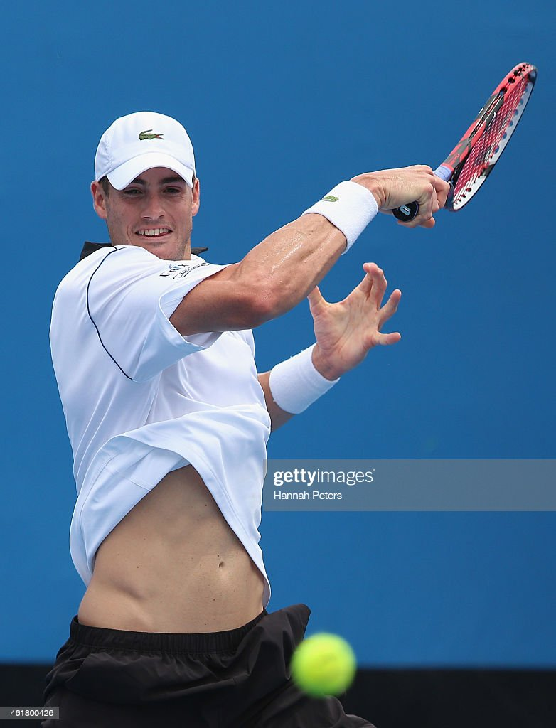 2015 Australian Open - Day 2 : News Photo