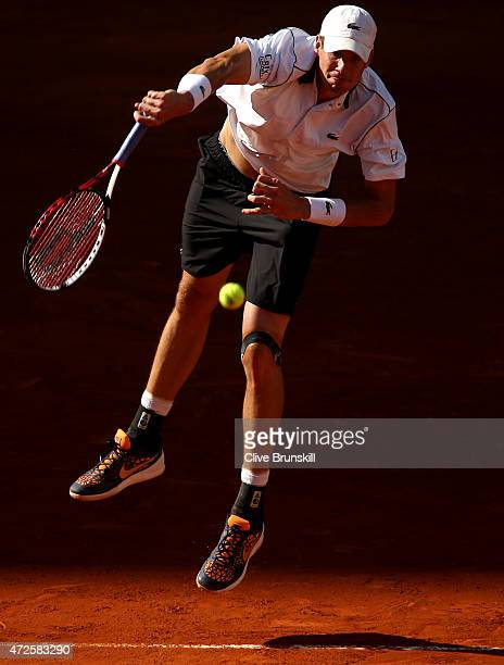 John Isner of the United States serves against Tomas Berdych of the Czech Republic in their quarter final match during day seven of the Mutua Madrid...