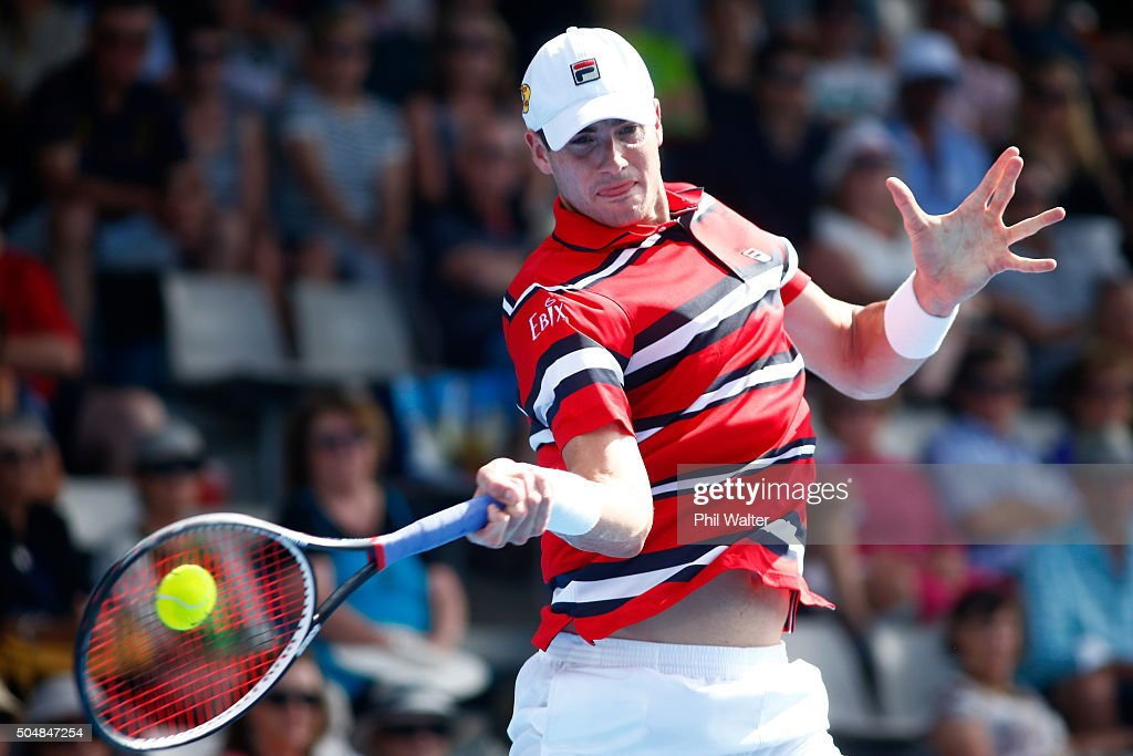 John Isner of the USA plays a forehand against Roberto Bautista Agut of Spain during the 2016 ASB Classic at the ASB Tennis Arena on January 14, 2016 in Auckland, New Zealand.