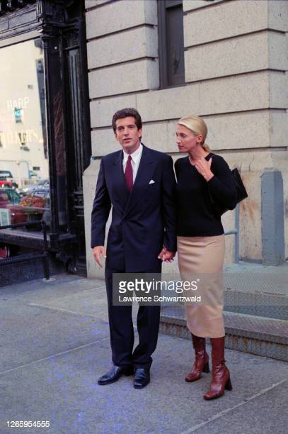 John Kennedy Junior and new wife, Carolyn Bessette Kennedy pose after leaving their Tribeca loft after John introduced Carolyn to the waiting press...