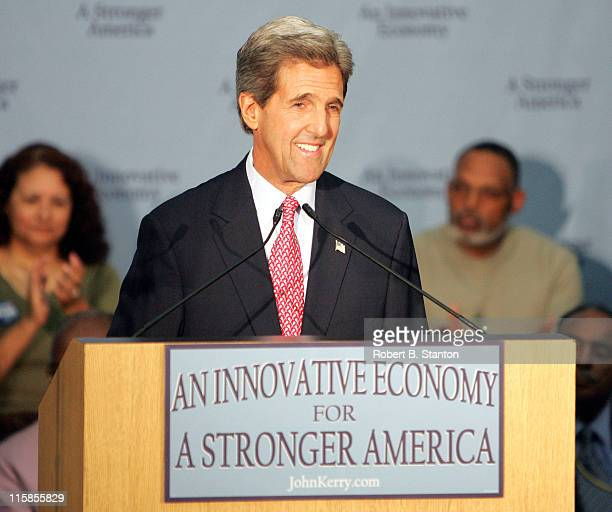 John Kerry gives campaign speech to Silicon Valley at the Student Union Ballroom, San Jose State University. June 24, 2004