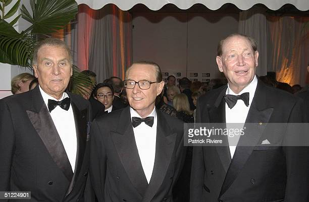John Laws Brian Henderson with Kerry Packer at the Channel Nine predrinks party for Brian Henderson 'Toasted and Roasted' Special farwell after 46...