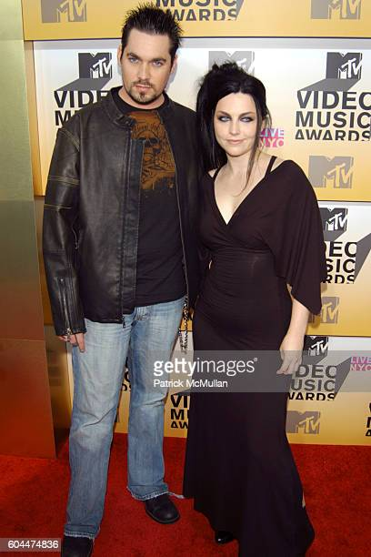 John LeCompt Amy Lee and Evanescence attend 2006 MTV Video Music Awards at Radio City Music Hall on August 31 2006 in New York City