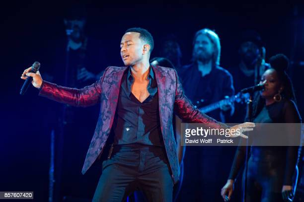 John Legend performs at AccorHotels Arena on October 4, 2017 in Paris, France.