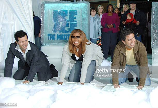 John Leguizamo Queen Latifah and Ray Romano during Ice Age 2 The Meltdown Los Angeles Premiere Arrivals at Grauman's Chinese Theater in Hollywood...