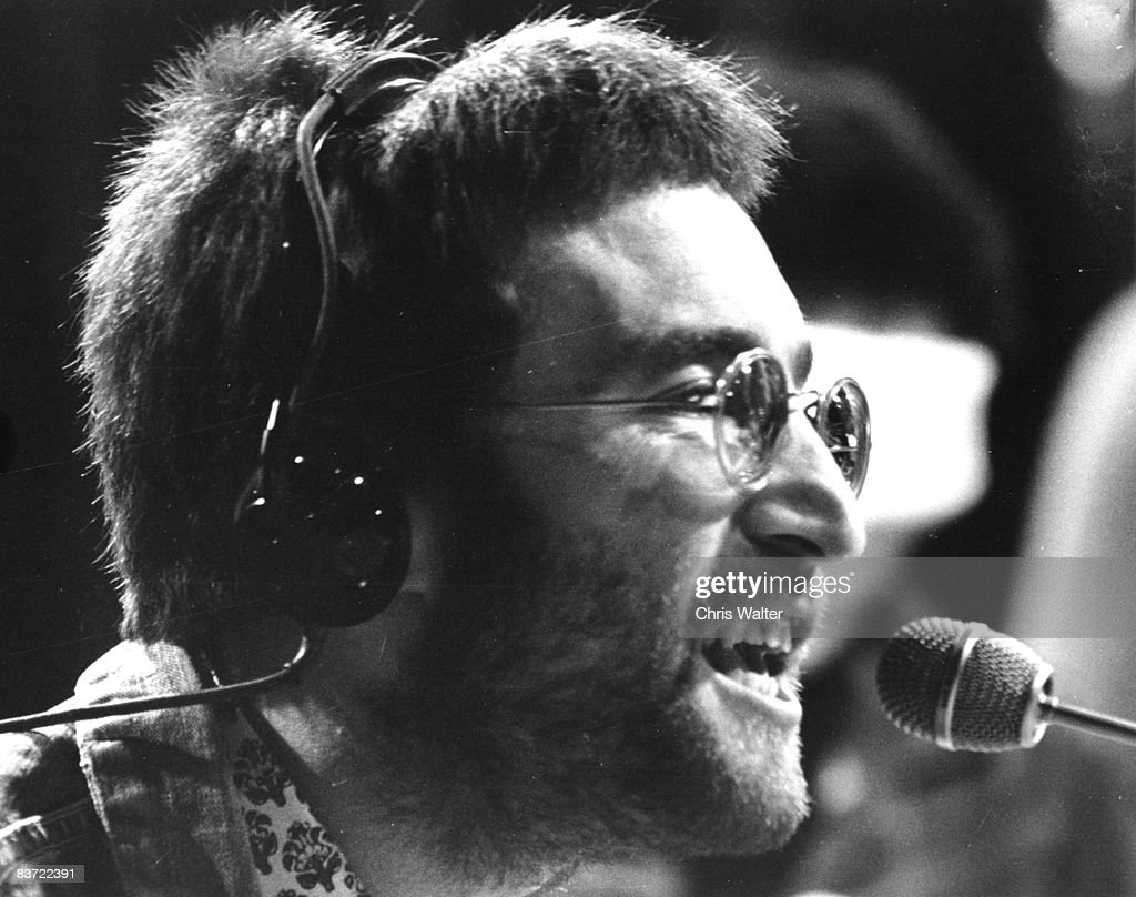 John Lennon 1970 on Top Of The Pops The Beatles December 1966 Top Of The Pops
