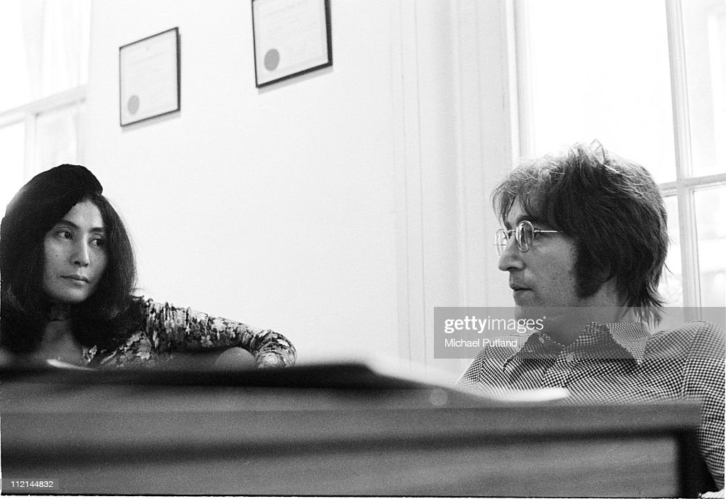 John Lennon and Yoko Ono being interviewed by journalist Steve Turner of Beat Instrumental magazine, Apple Records, London, 19th July 1971.