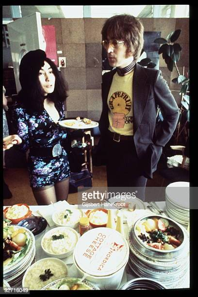 John Lennon and Yoko Ono in Selfridges department store Oxford Street London in 1971 to promote the publication of the 2nd edition of Yoko Ono's book...