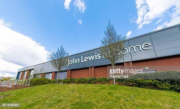 ジョン・ルイスでショッピング - プール市 ストックフォトと画像