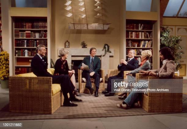 John Lindsay, Erma Bombeck, David Hartman, Jack Anderson, Rona Barrett, Geraldo Rivera appearing on the ABC tv series 'Good Morning America'.