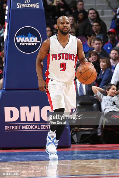 John Lucas III of the Detroit Pistons dribbles the ball against the New York Knicks on February 27, 2015 at The Palace of Auburn Hills in Auburn...