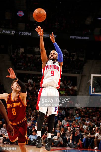 John Lucas III of the Detroit Pistons shoots agaisnt the Cleveland Cavaliers during the game on February 24 2015 at The Palace of Auburn in Hills in...