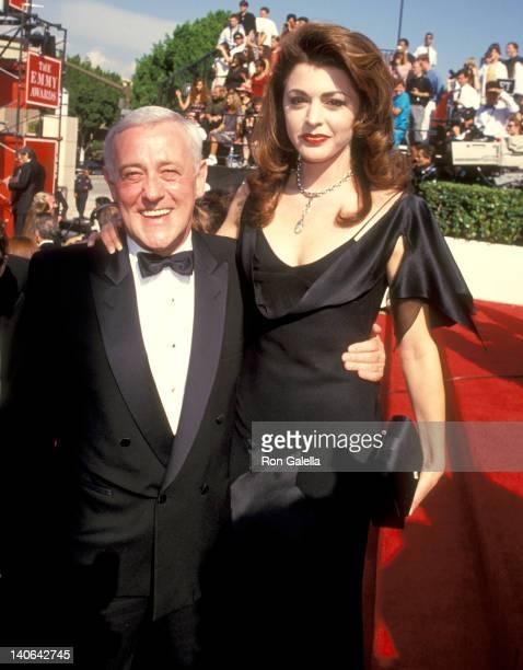 John Mahoney and Jane Leeves at the 46th Annual Primetime Emmy Awards Pasadena Civic Auditorium Pasadena