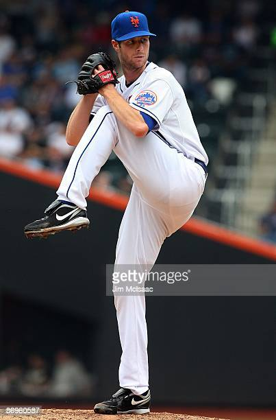 John Maine of the New York Mets pitches against the Pittsburgh Pirates on May 9 2009 at Citi Field in the Flushing neighborhood of the Queens borough...