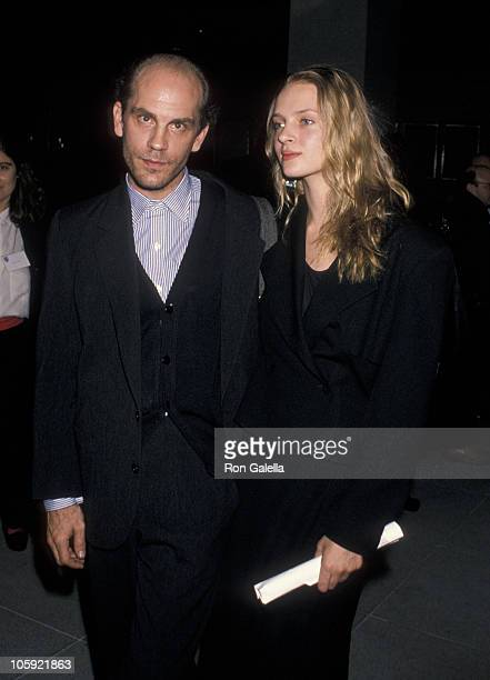 ¿Cuánto mide John Malkovich? John-malkovich-and-uma-thurman-during-dangerous-liaisons-new-york-picture-id105921863?s=612x612