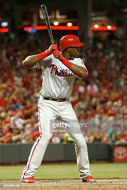 John Mayberry Jr #15 of the Philadelphia Phillies takes an at bat during the game against the Cincinnati Reds at Great American Ball Park on June 6...
