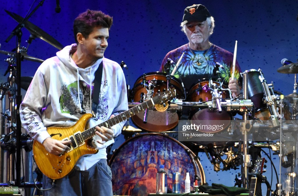 John Mayer (L) and Bill Kreutzmann of Dead & Company perform during Band Together Bay Area Fire Benefit Concert at AT&T Park on November 9, 2017 in San Francisco, California.