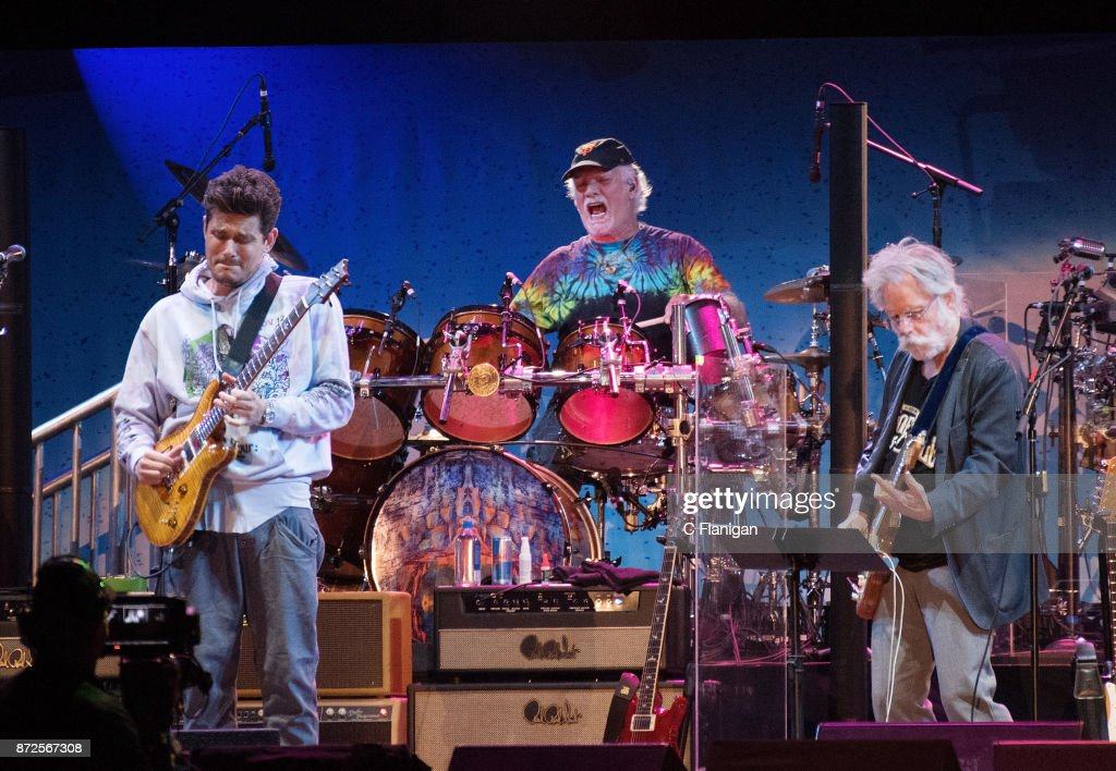 Band Together Bay Area Benefit Concert : News Photo