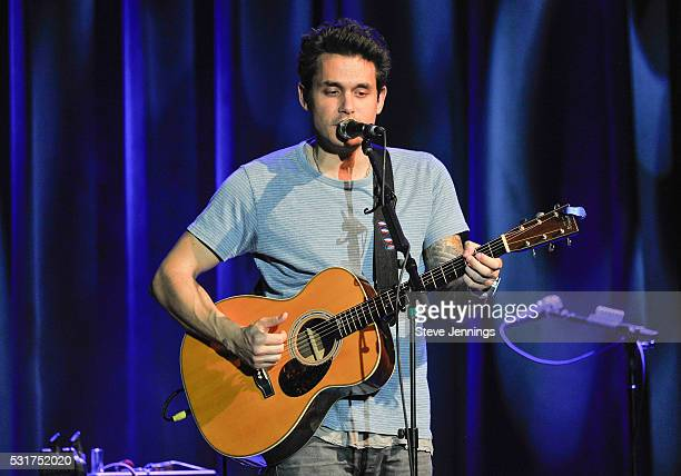 John Mayer performs at the 3rd Annual Acoustic4ACure concert a Benefit for the Pediatric Cancer Program at UCSF Benioff Children's Hospitalat The...