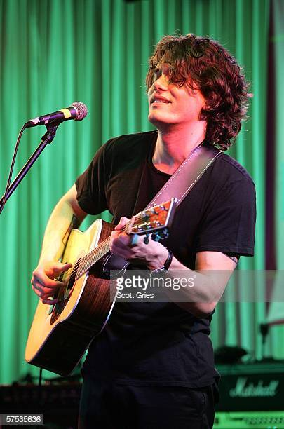 John Mayer performs at the Tribeca/ASCAP Music Lounge at the Canal Room May 4 2006 in New York City
