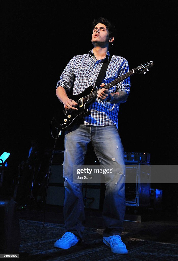 John Mayer performs onstage during the 'Battle Studies' tour at JCB Hall on May 11, 2010 in Tokyo, Japan.