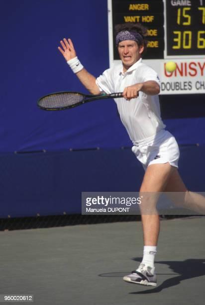 John McEnroe lors du tournoi de tennis de Flushing Meadows en septembre 1989 à New York EtatsUnis