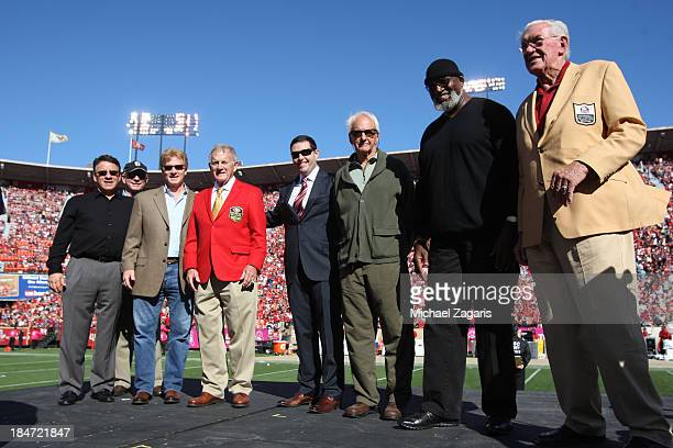 John McVay stands with his sons San Francisco 49ers CEO Jed York former Head Coach George Seifert Harry Edwards and Robert Bruce St Clair after being...