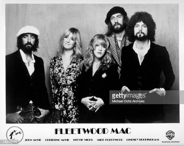 John McVie Christine McVie Stevie Nicks Mick Fleetwood and Lindsey Buckingham of the rock group Fleetwood Mac pose for a portrait in circa 1975