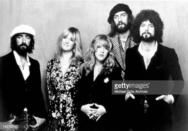 John McVie Christine McVie Stevie Nicks Mick Fleetwood and Lindsey Buckingham of the rock group 'Fleetwood Mac' pose for a portrait in 1975