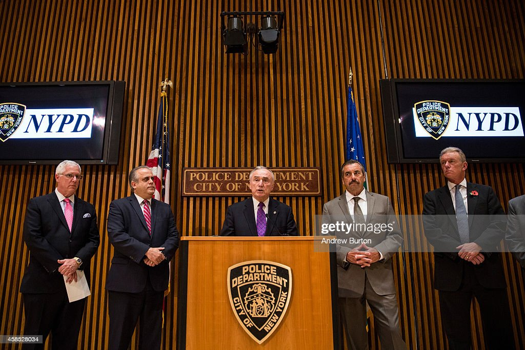 NYPD Police Chief Bratton Briefs The Media With London And Los Angeles Counterpart