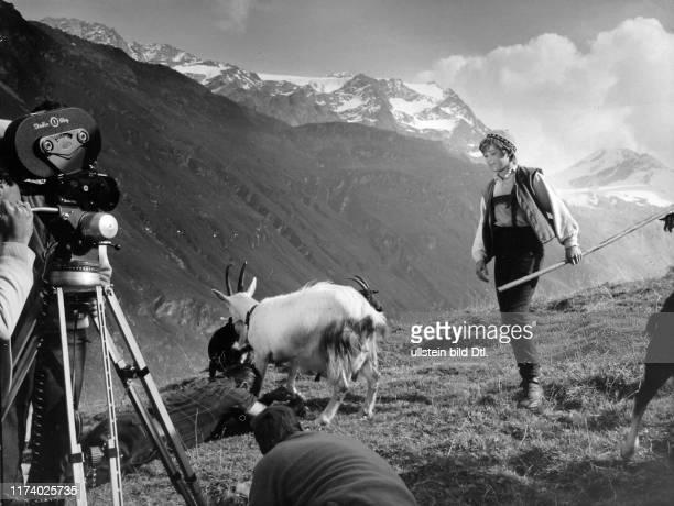 John Moulder Braun shooting to film Heidi kehrt heim 1967