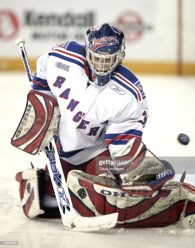 Plymouth Whalers v Kitchener Rangers Photos and Images | Getty Images