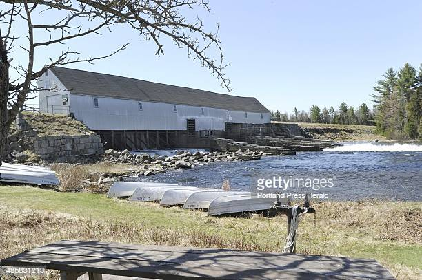 John Patriquin/Staff PhotographerSatMay 1 2010 Historic Upper dam in Oquossoc to be replaced by Florida Power